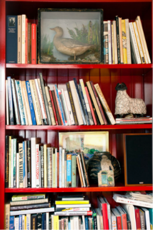 Bookshelves in the home of Kate and Andy Spade.PNG